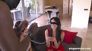 A marvelous display be beneficial to two energized women sharing cock in kinky scenes