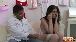 Mr Big feel interest Daphne Rosen gives a blowjob and gets fucked hard