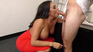 Leggy MILF Boss Claudia Valentine fucks staff member
