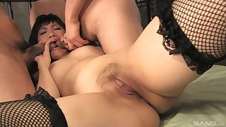 Japanese with perfect lines tries anal threesome