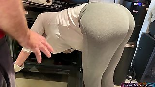 Stepmom is horny and stuck in the oven - Erin Electra